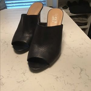 Franco Sarto black slides